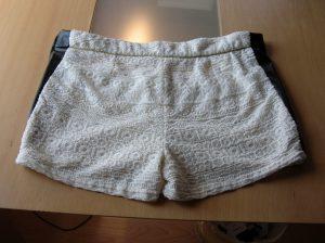 Shorts erweitert mit Kunstleder